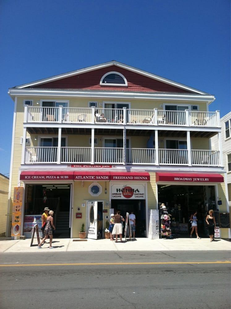 Arts & Entertainment   Hampton Beach