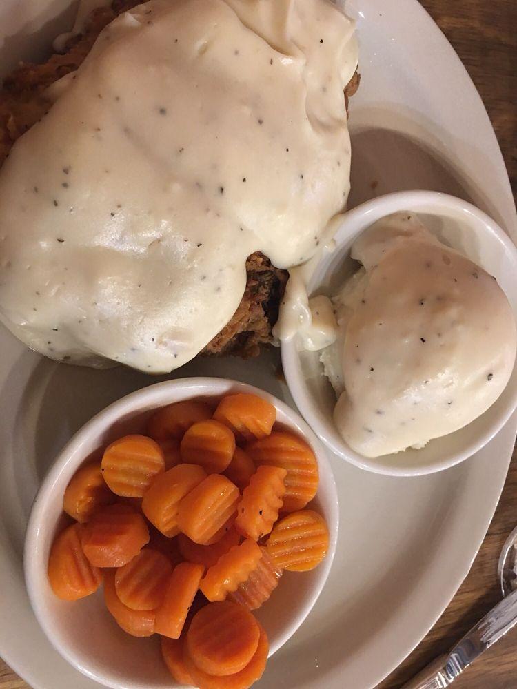 Hometown Restaurant: 1803 S Hwy 287, Decatur, TX