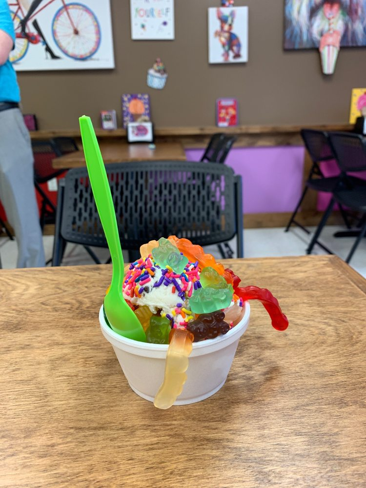 Ava's Ice Cream and Water Ice: 3801 Germantown Pike, Collegeville, PA