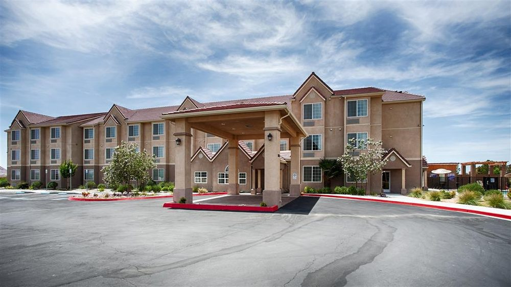 Best Western California City Inn & Suites: 10386 California City Blvd, California City, CA