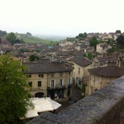 Hostellerie de Plaisance - Saint Emilion, Gironde, France. View outside hotel area