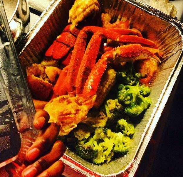 Fisherman s island 31 35 6659 s wentworth for Fisher fish chicken indianapolis in