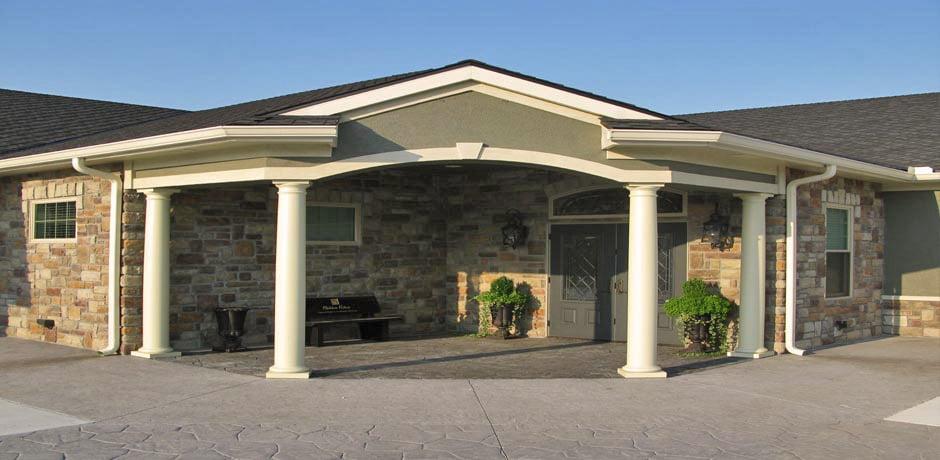 Hidden Valley Funeral Home - Kearney: 925 E State Route 92, Kearney, MO