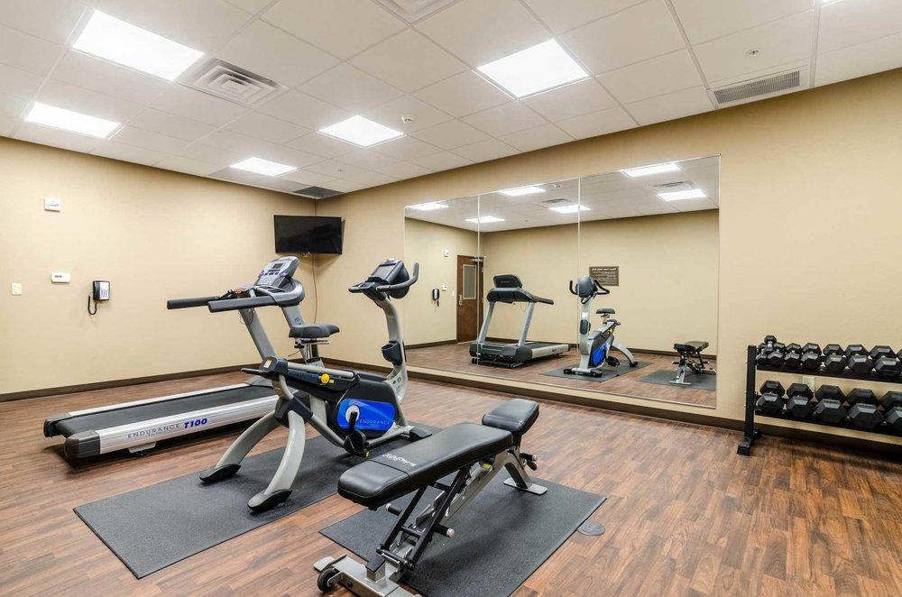 Comfort Inn & Suites: 517 West 7th, Augusta, KS