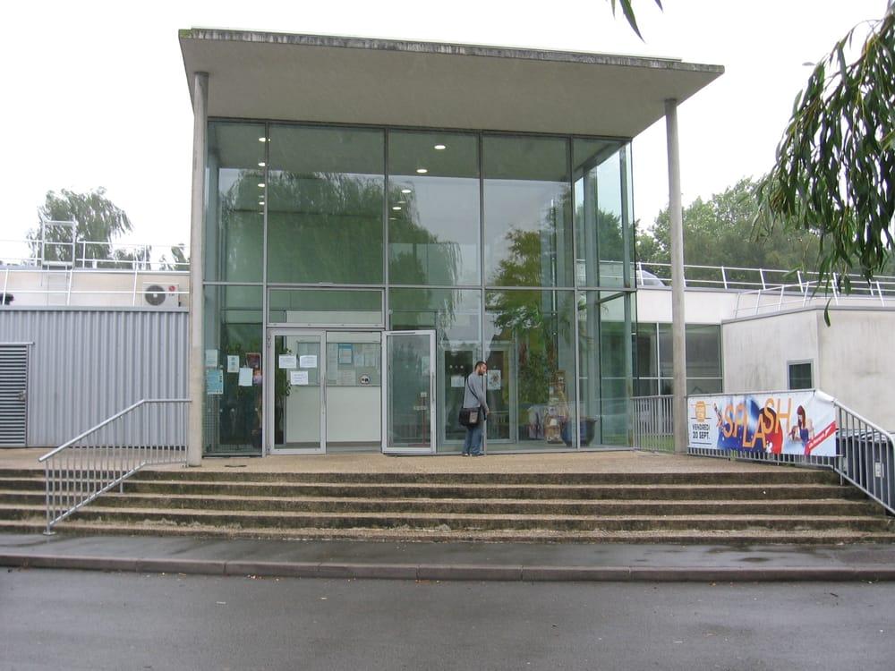 Centre nautique calypso piscines 46 rue lavoisier for Piscine wasquehal