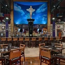 Hard Rock Cafe Cauliflower Burger Review