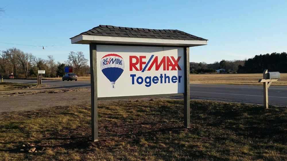 RE/MAX Together: 1411 N State St, Big Rapids, MI