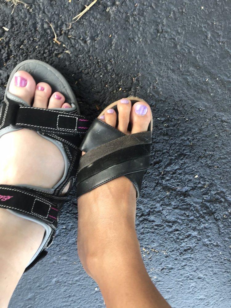 Tips & Toes Nails: 3108 Abbott Rd, Orchard Park, NY
