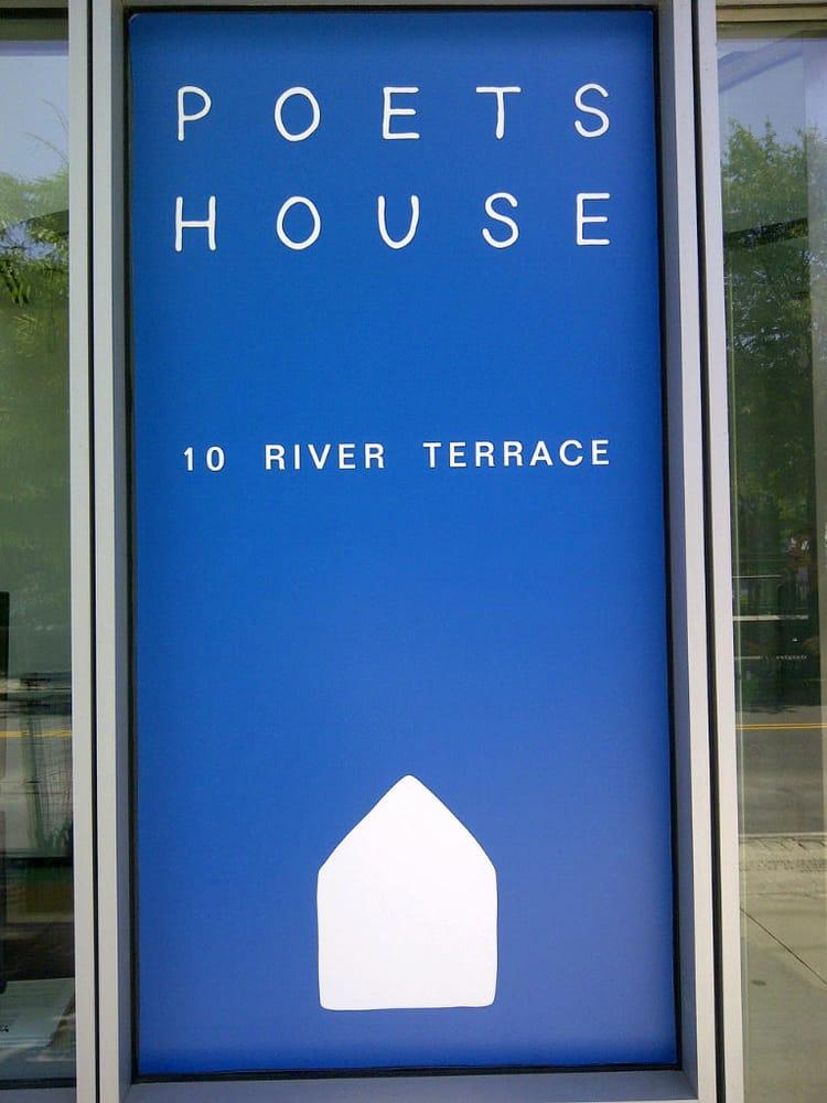 Poets house 42 foto raf 35 yorum k t phaneler 10 for 22 river terrace 10282