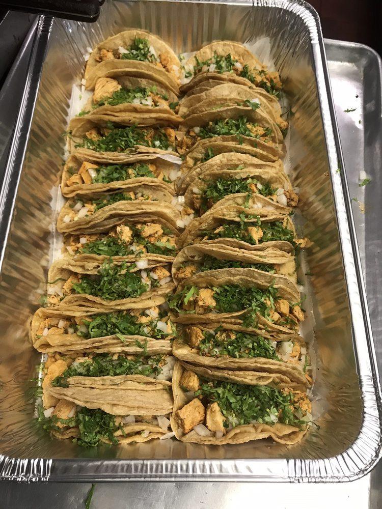 Food from Los 3 Burritos