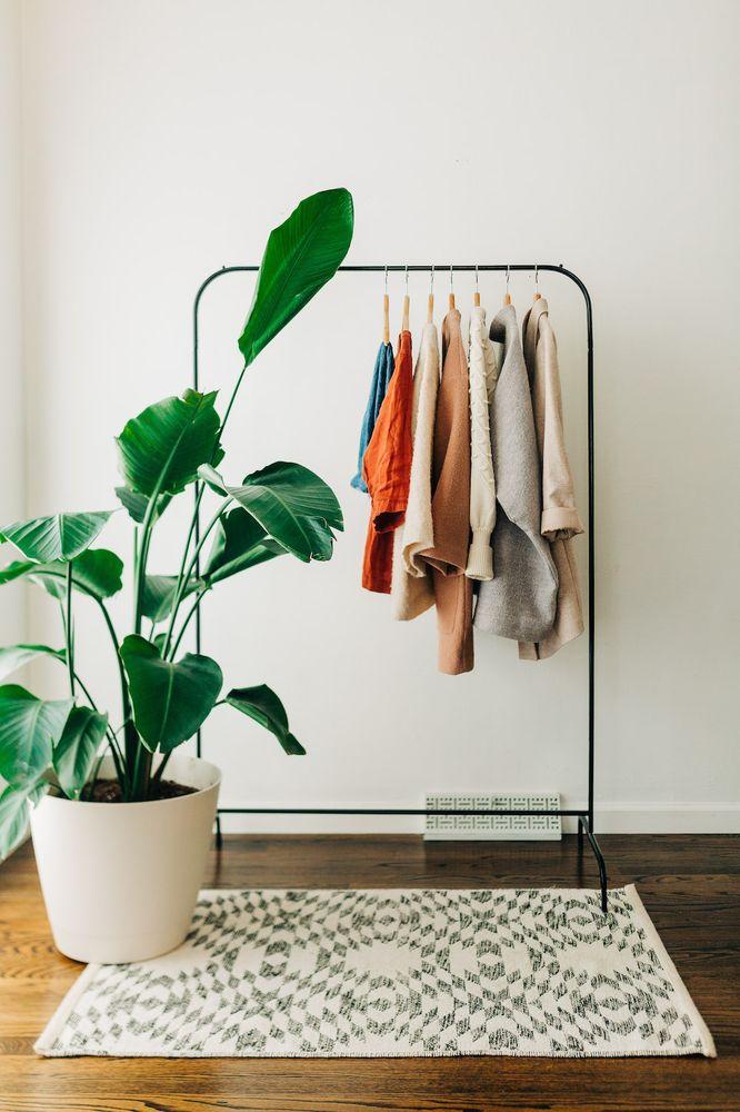 mindful closet: 10237 Julius Northway, Saint Louis, MO