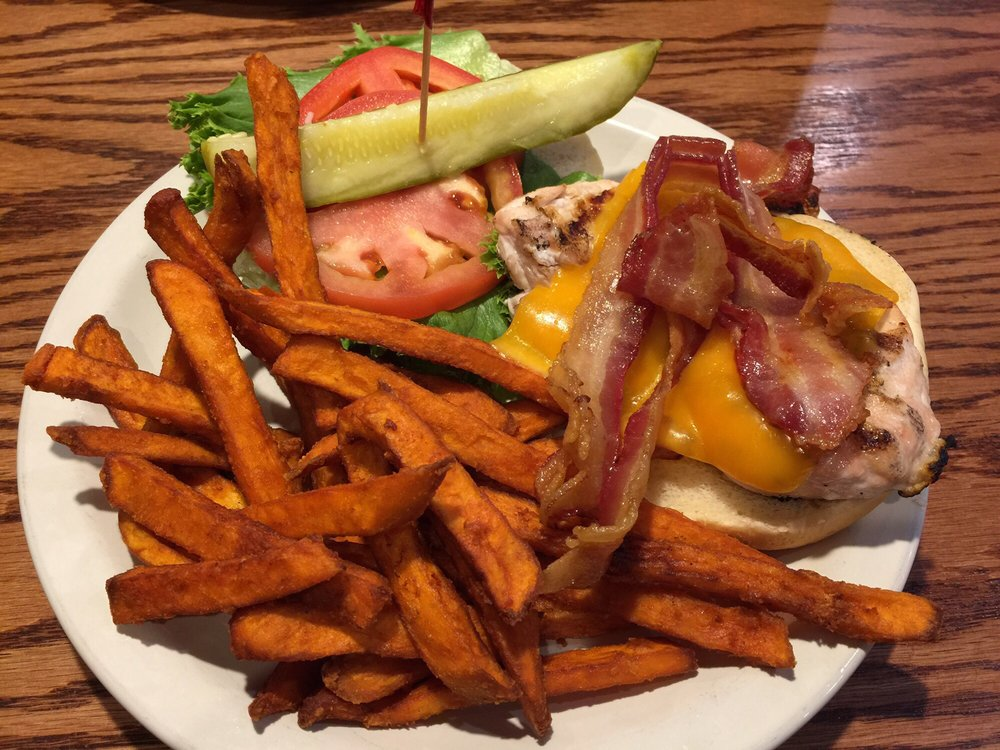 Abbey Road Restaurant: 203 22nd St, Virginia Beach, VA