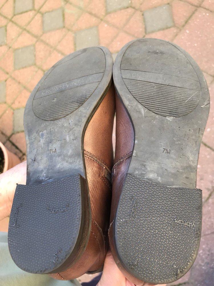 Corte Madera Shoe & Luggage Repair: 429 Corte Madera Town Ctr, Corte Madera, CA