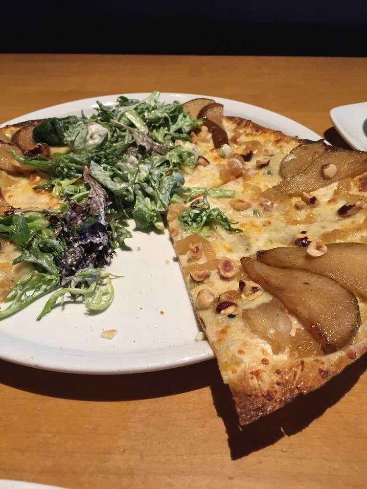 Pear And Gorgonzola Pizza Is To Die For Yelp