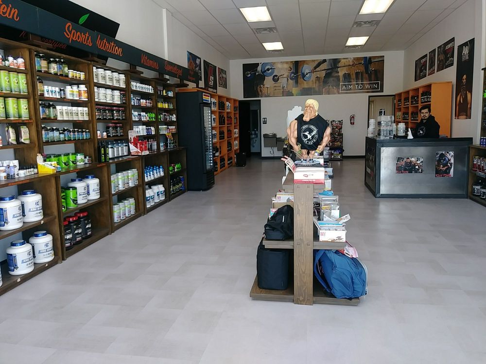 Iron Runner Sports Nutrition: 5850 N Mesa, El Paso, TX