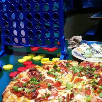 Round Table Pizza - 71 Photos & 118 Reviews - Pizza - 10415 ...