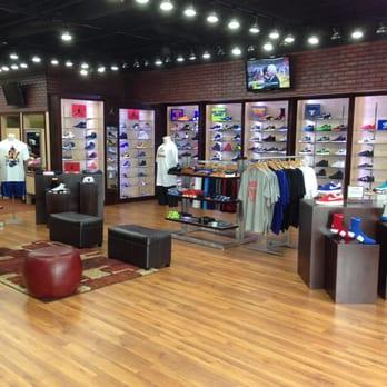 Rumors clothing store