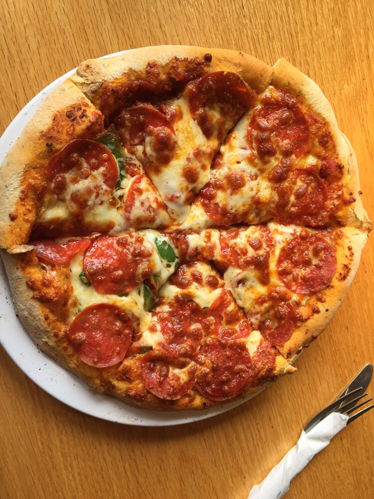 ha ha pizza 53 photos 106 reviews pizza 108 xenia ave yellow springs oh united states. Black Bedroom Furniture Sets. Home Design Ideas