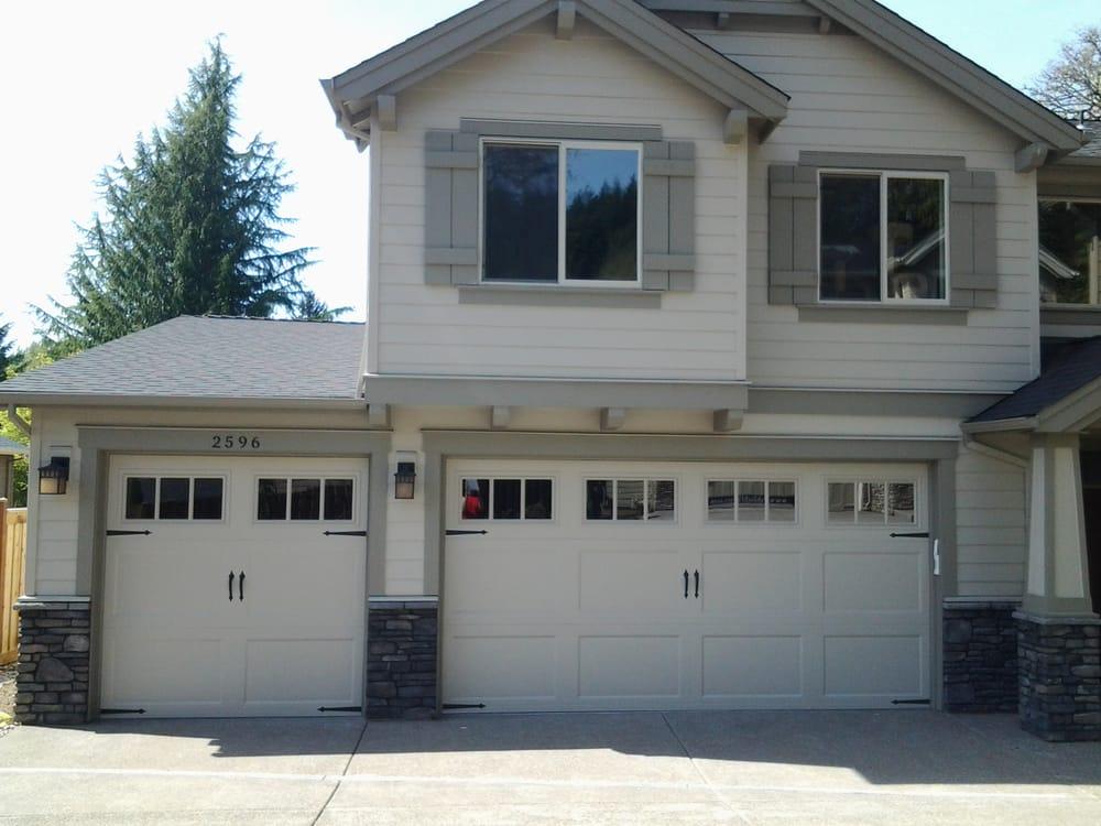 Pioneer Garage Doors: 22234 S Marilyns Ave, Beavercreek, OR