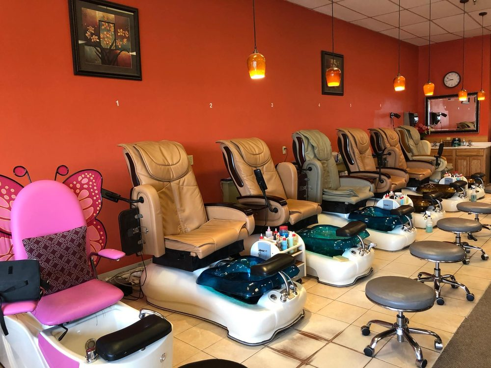 Z Nails & Spa: 7210 Jones St, Omaha, NE