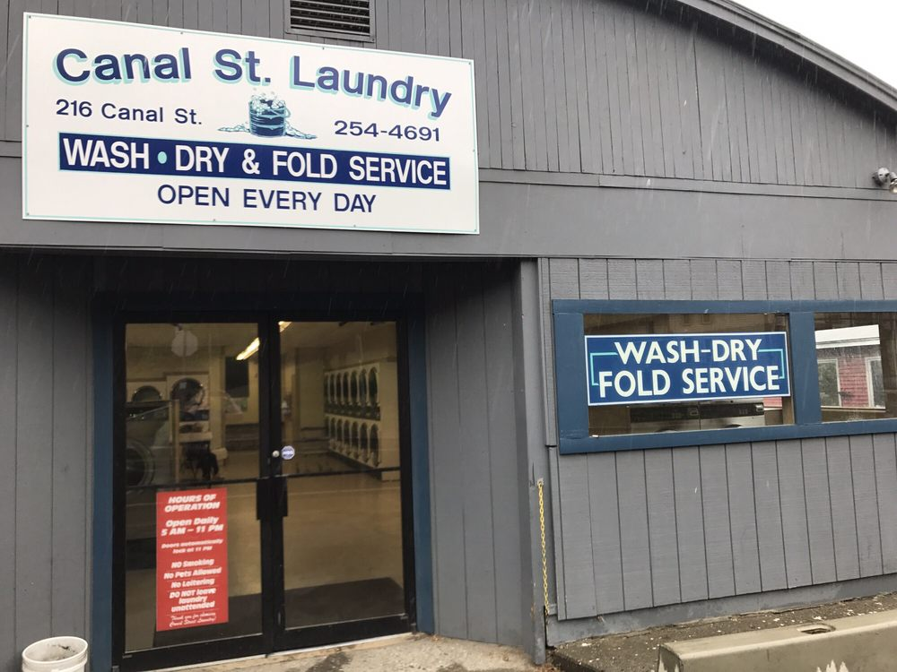 Canal St Laundry: 216 Canal St, Guilford, VT