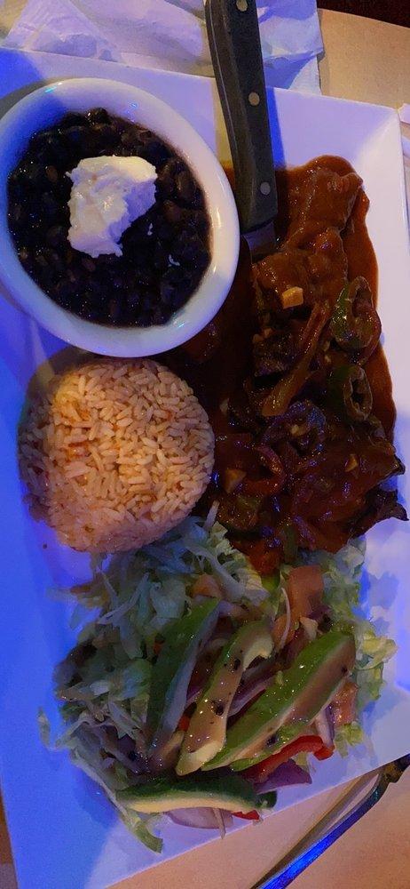 Jalisco Cocina Mexicana & Tequila Bar: 100 School St, Glen Cove, NY