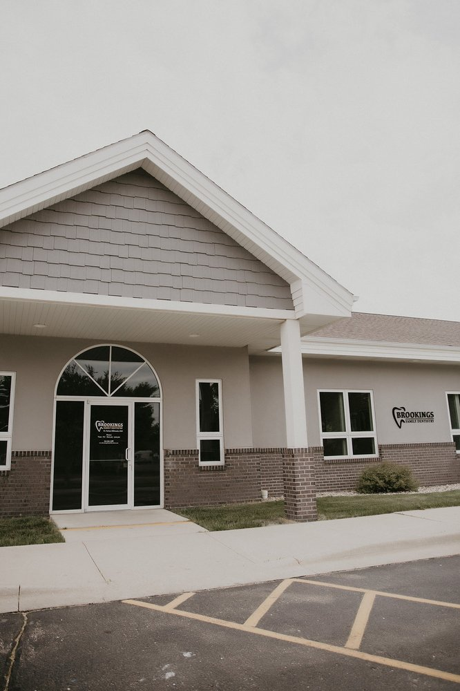 Brookings Family Dentistry: 427 8th St S, Brookings, SD