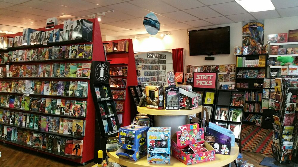 New Wave Comics and Collectibles