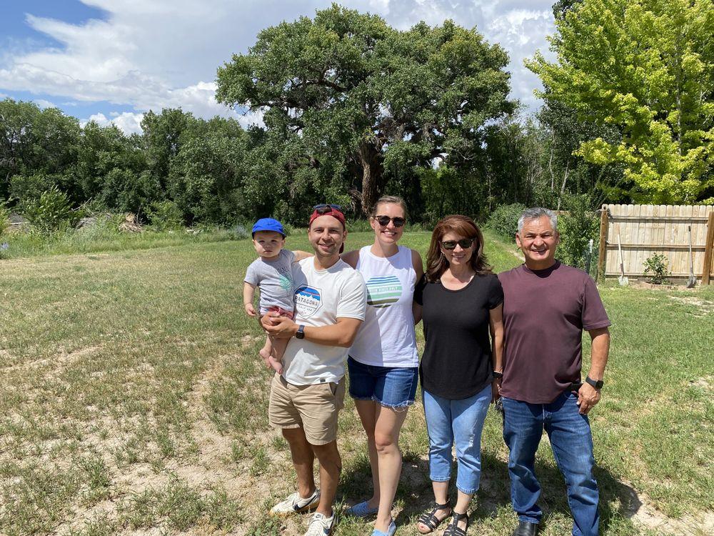 El Alamo Winery: 127 County Rd 41, Alcalde, NM
