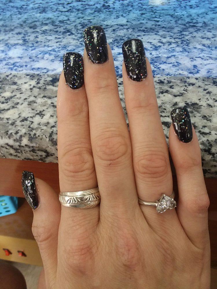 Nails 2000: 1442 Jadwin Ave, Richland, WA