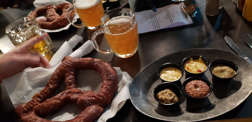 Brewhaus: 224 Frazier Ave, Chattanooga, TN