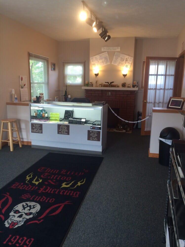 Thin Lizzy's Tattoo & Body Piercing Studio: 2221 Jacksboro Pk., LaFollette, TN