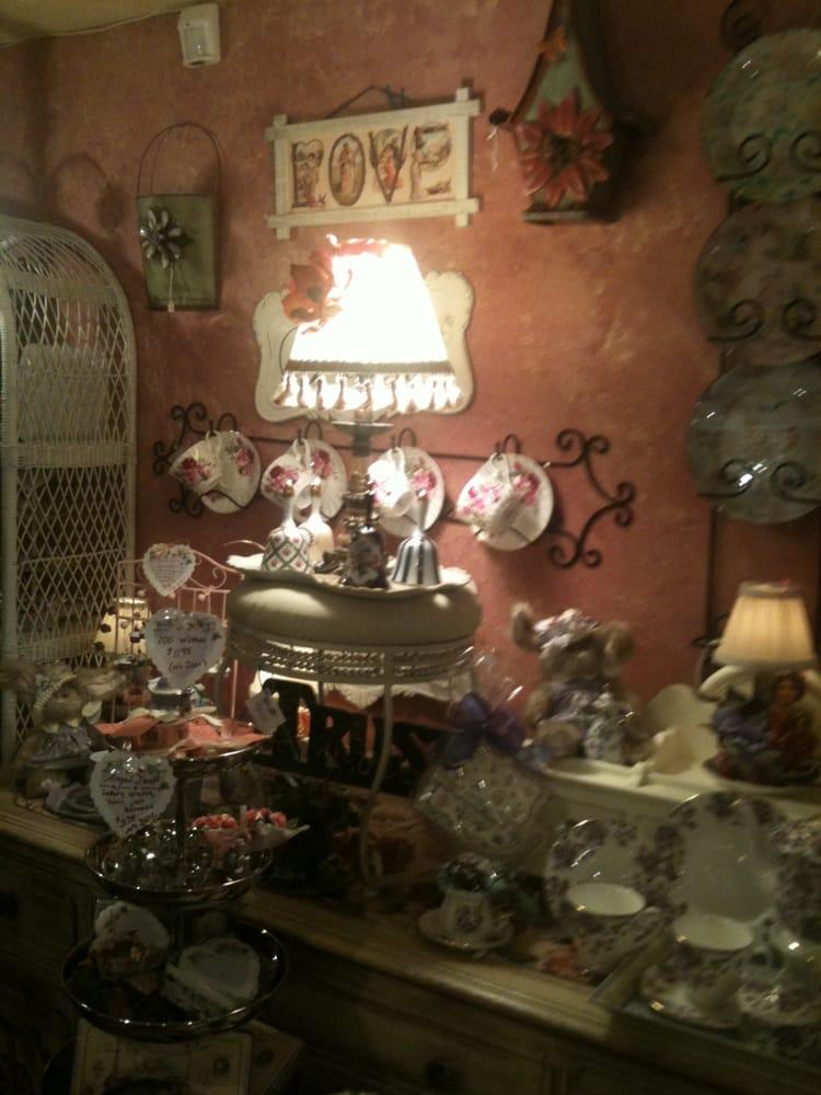 Belladonna Tea Room Lancaster Ca