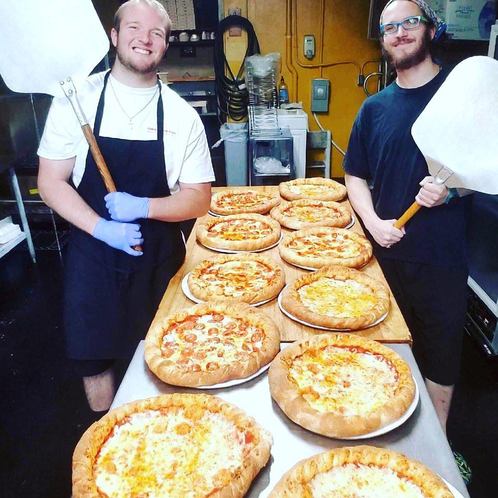 Famous Brick Oven Pizzeria: 402 Beech Mountain Pkwy, Beech Mountain, NC