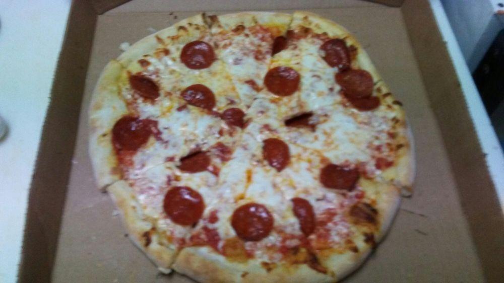 Troy's Steak Subs & Pizza: 7339 Peppers Ferry Blvd, Radford, VA