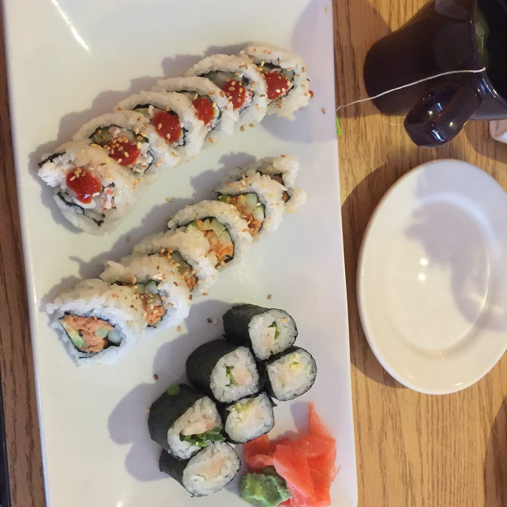 "Highlands Ranch Locksmith: My Lunch Special Of 3 Rolls. The ""spicy Tuna"" Were Itty"