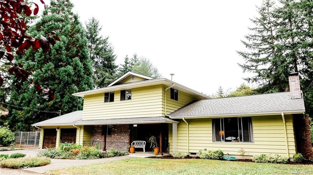 JBLM Home Finder: 702 South Hill Park Dr, Puyallup, WA