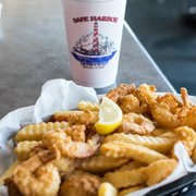 Safe harbor seafood market and restaurant 714 photos for Fish market jacksonville fl
