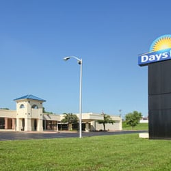 Photo Of Days Inn Cave City Ky United States