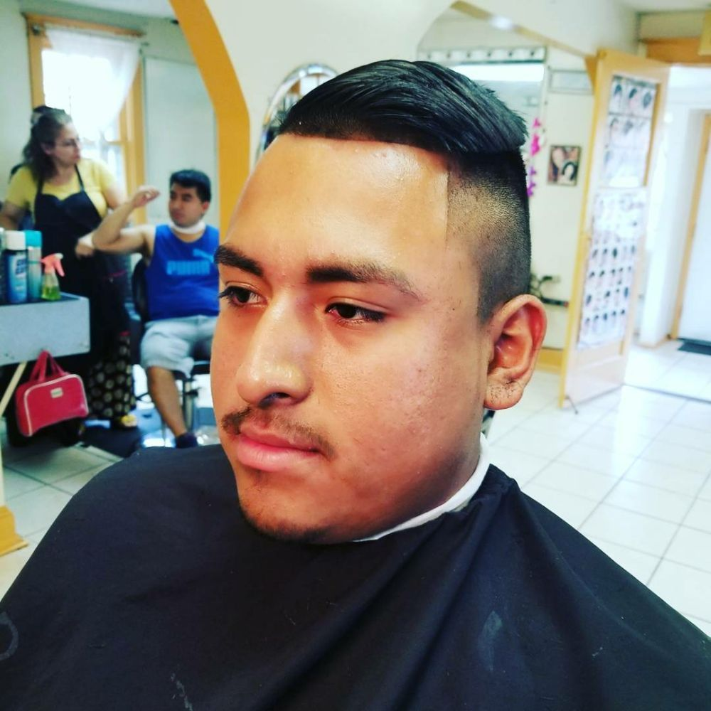 Chirilagua unisex hair salon barbers 3608 mount vernon for Vernon salons