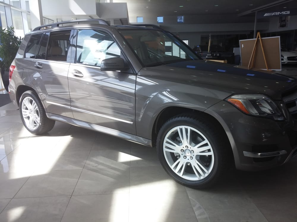 2014 glk250 bluetec 4matic in pebble grey metallic yelp for Mercedes benz of jacksonville