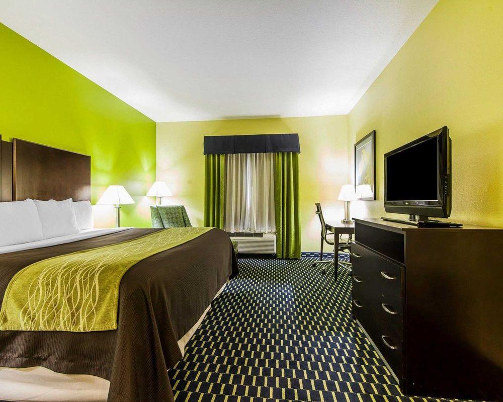 Comfort Inn: 2811 Decatur Pike, Athens, TN