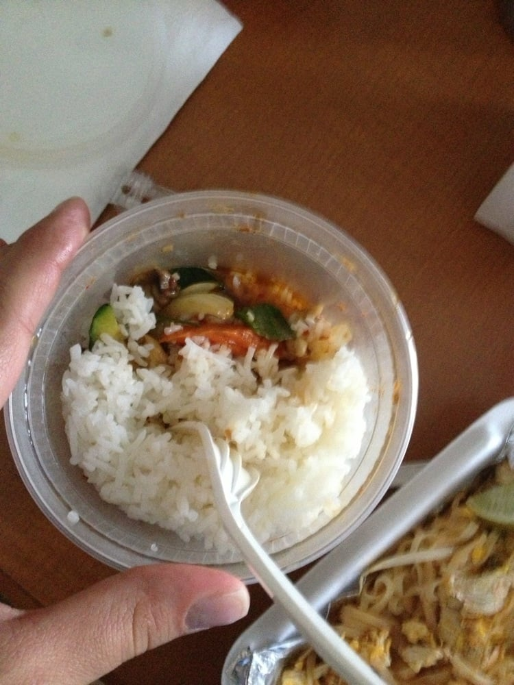 Take out cashew chicken with white rice added yelp for Anong thai cuisine