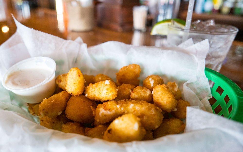 Fulton's Irish Pub & Grill: 215 N Fulton Beach Rd, Fulton, TX