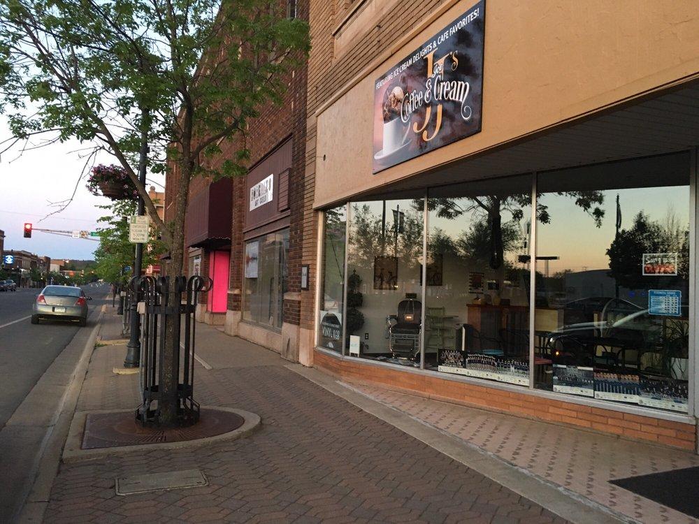 JJ's Coffee and Ice Cream: 212 E Howard St, Hibbing, MN