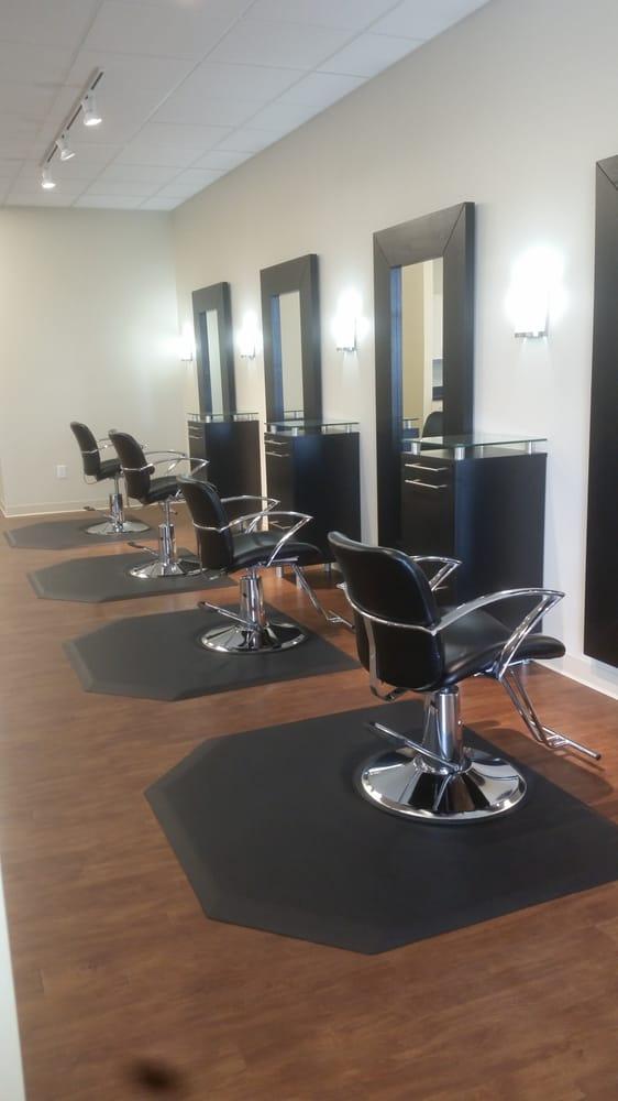 Envision Salon: 317 E Frazee St E, Detroit Lakes, MN