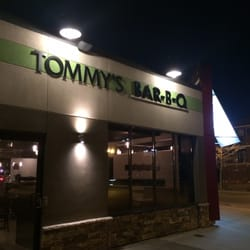 Tommy s bar b q 24 photos bbq barbecue 999 erie for Elite food bar 325 east 48th street