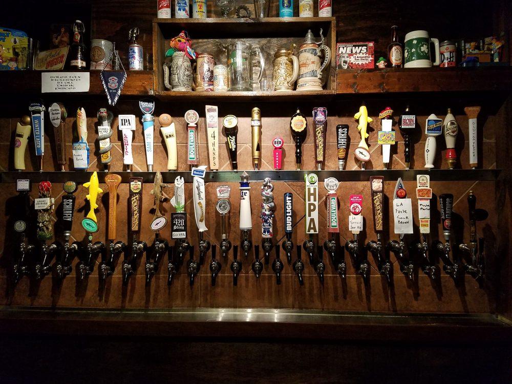 Blackthorn Pizza & Pub: 510 S Joplin Ave, Joplin, MO