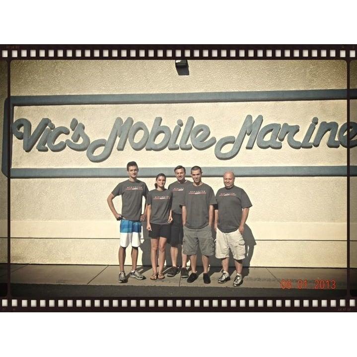 Vic's Mobile Marine & Service Center: 11990 Deschutes Rd, Bella Vista, CA