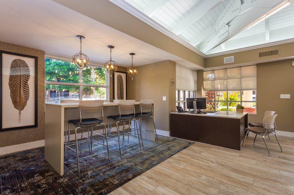 Emerald Palms Apartments Reviews